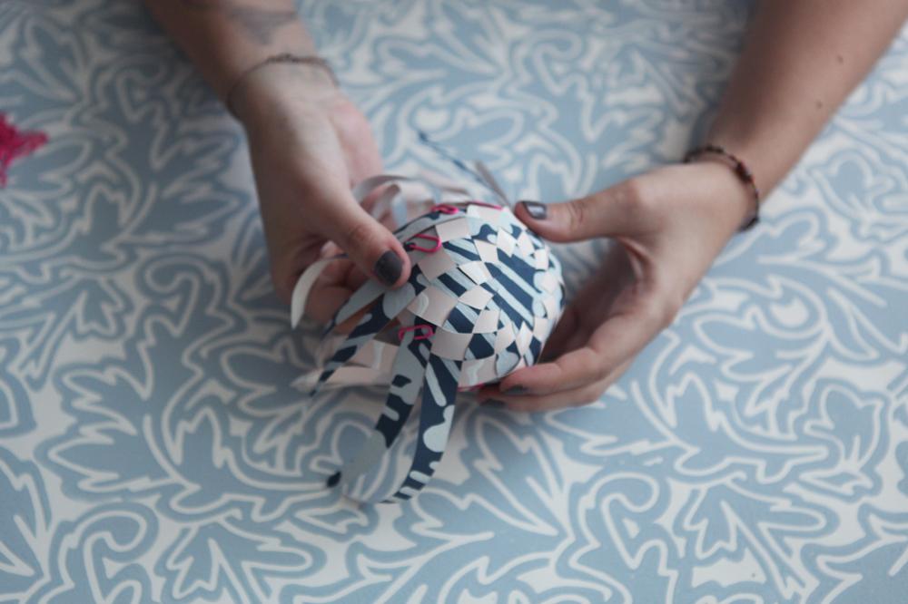 dont mess with the rabbit - montgolfiere farrow and ball - papier peint etape 7