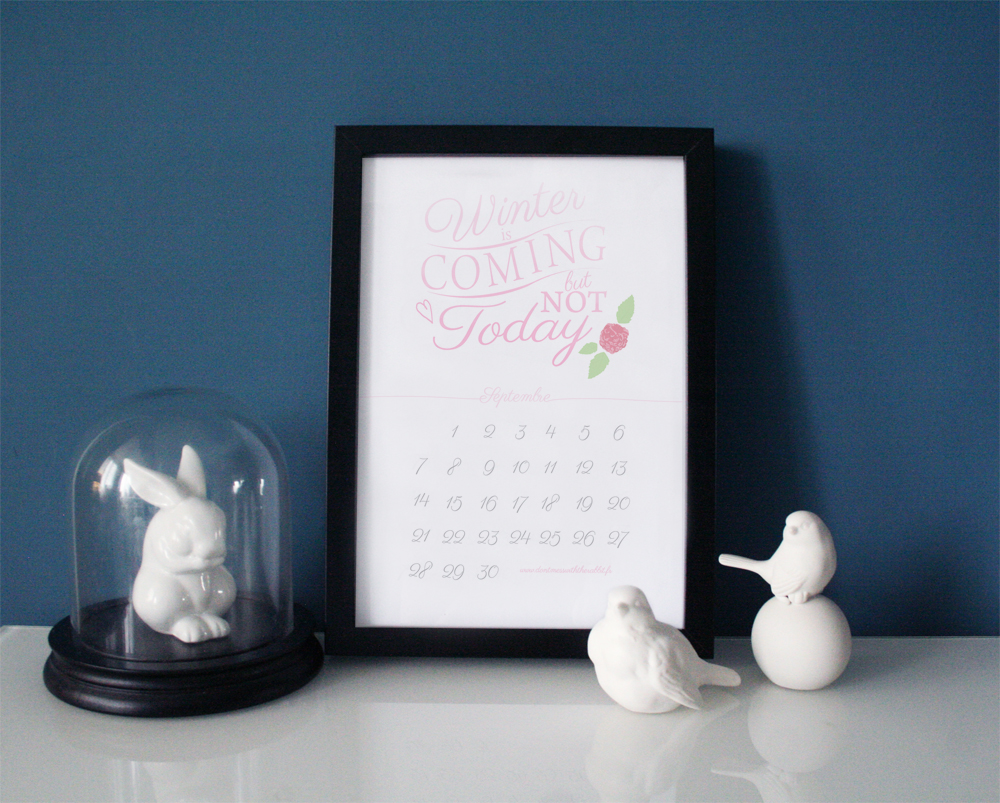 don't mess with the rabbit - calendrier septembre print - winter is coming but not today